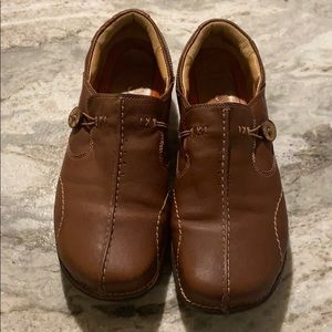 Clarks Artisan Women's size 10 casual shoe